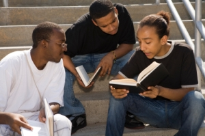 Teens Discussing Urban Science Fiction